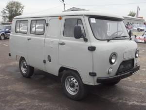 Фургон остеклен.,дв.ЗМЗ-409 инжектор, мягкие сиденья, ГУР, АБС