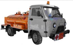 Топливозаправщик» УАЗ-36223 (1500 л)  на шасси УАЗ-330365, цистерна емкостью 1500 л из нержавеющей стали AISI 201 с двумя изолированными емкостями: 750 л и 750 л. С одной/двумя топливораздаточными колонками, двигатель ЗМЗ-409, 107 л.с.